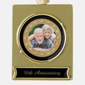 ダブルフレームの金結婚記念日の写真 ゴールドプレートバナーオーナメント
