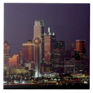 ダラスのテキサス州夜スカイライン タイル