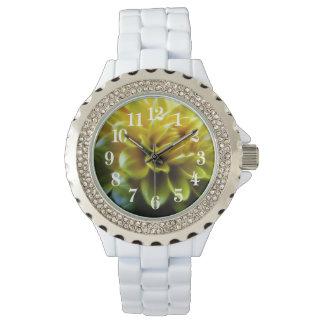 ダリアの花および意味 腕時計