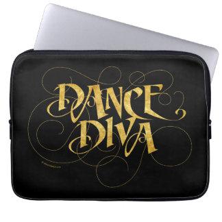 ダンスの花型女性歌手(金ゴールド) ラップトップスリーブ