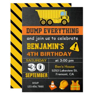 ダンプトラックの建築の誕生日のパーティの招待状 カード