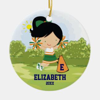 チアリーダーの女の子のクリスマスのオーナメントの緑のオレンジ セラミックオーナメント