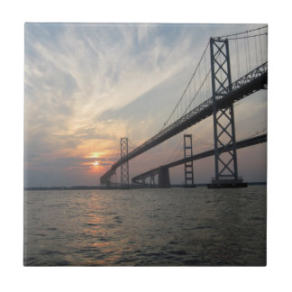 チェサピーク湾橋日没のタイル タイル