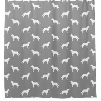 チェサピーク・ベイ・レトリーバーはパターンのシルエットを描きます シャワーカーテン