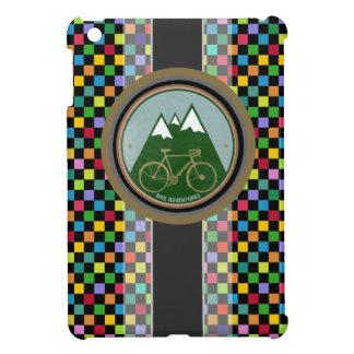 チェスのパターン、山およびバイク iPad MINIカバー