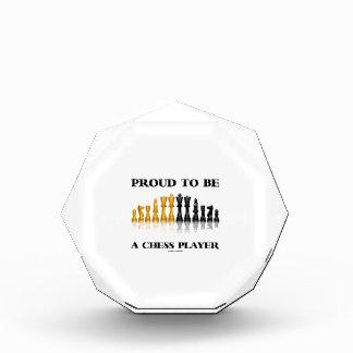チェスをする人(反射チェスのこまセット)であること誇りを持った 表彰盾