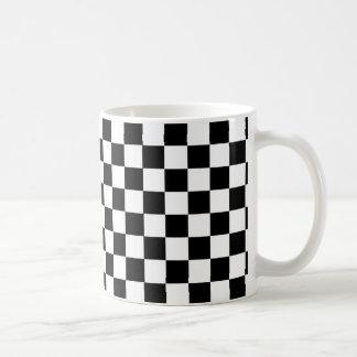 チェッカーボードは白黒マグを市松模様にします コーヒーマグカップ