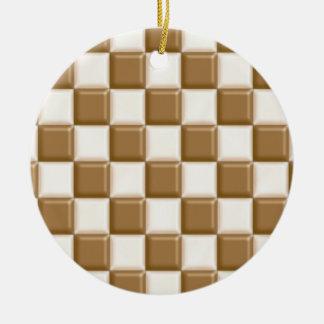 チェッカーボード-ミルクチョコレートおよび白いチョコレート セラミックオーナメント