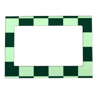 チェック模様の大きい-薄緑および深緑色 マグネットフレーム
