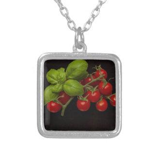 チェリートマトのベズル シルバープレートネックレス