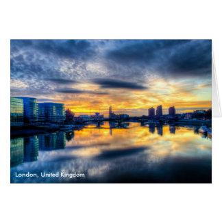 チェルシー橋からのロンドンの都市景観 カード