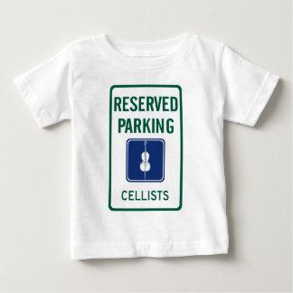 チェロ奏者の駐車 ベビーTシャツ