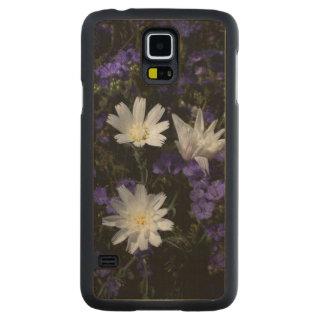 チコリーおよびPhaceliaの野生の花 CarvedメープルGalaxy S5スリムケース