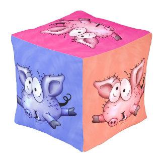 チタニウムのブタ数々のなモンスターポリエステルは大きいPoufを立方体にしました プーフ