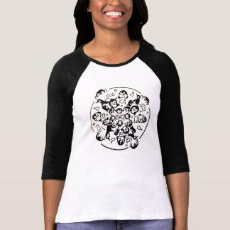 チビ(小さくかわいく書いた感じ)のペンギンの曼荼羅 Tシャツ