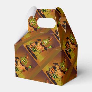 チビ(小さくかわいく書いた感じ)の人形のギフト用の箱の切り妻のハロウィンモンスター フェイバーボックス