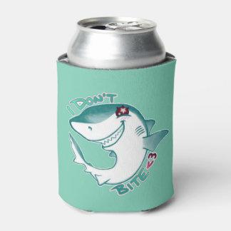 チビ(小さくかわいく書いた感じ)の鮫 缶クーラー