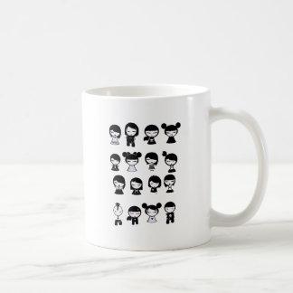 チビ(小さくかわいく書いた感じ)のEmoのゴシック コーヒーマグカップ
