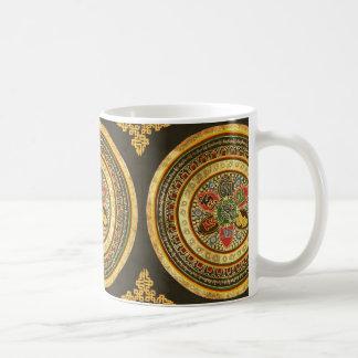 チベットの曼荼羅のデザイン コーヒーマグカップ