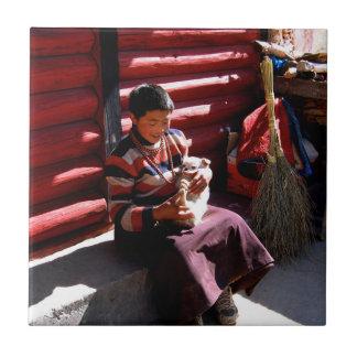 チベットの男の子 タイル