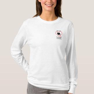 チャウチャウは愛されなければなりません Tシャツ
