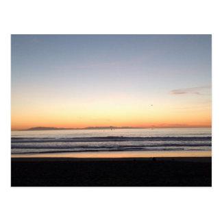 チャネル諸島の日没の郵便はがき ポストカード