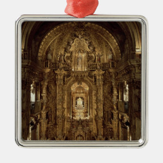 チャペルおよび主祭壇の眺め メタルオーナメント