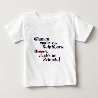チャンスは私達に隣人をしました ベビーTシャツ