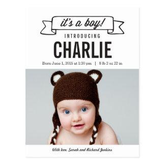 チャーミングな旗の誕生の発表-男の赤ちゃん ポストカード