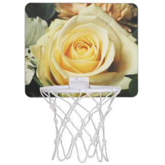 チャーミングな白いバラ ミニバスケットボールネット