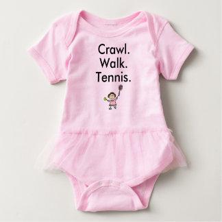 チュチュが付いているテニスの女の子のピンクのベビーのボディスーツ ベビーボディスーツ