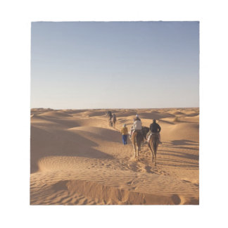 チュニジアのKsour区域、Ksar Ghilane、壮大なエルグ7 ノートパッド