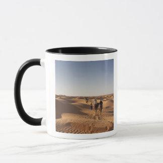 チュニジアのKsour区域、Ksar Ghilane、壮大なエルグ7 マグカップ