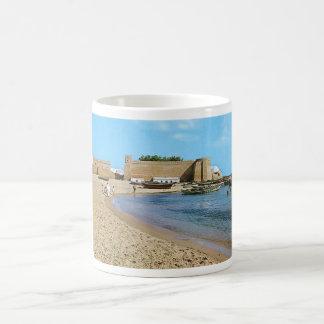 チュニジアHammametのビーチの60年代 コーヒーマグカップ