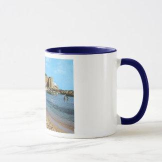 チュニジアHammametのビーチの60年代 マグカップ