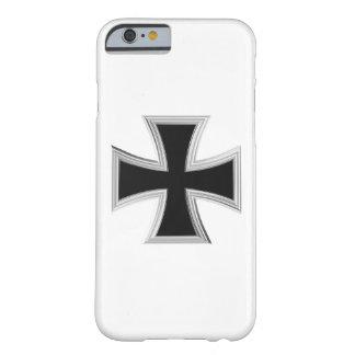 チュートンの十字 BARELY THERE iPhone 6 ケース