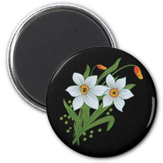 チューリップおよびラッパスイセンの花の黒い背景 マグネット