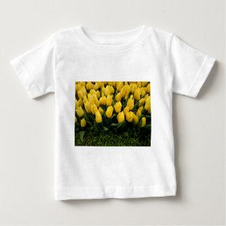 チューリップのフェスティバル- 27人の乳児のTシャツ ベビーTシャツ