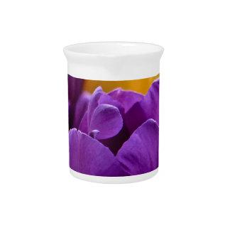 チューリップの紫色 ピッチャー