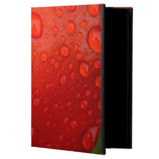 チューリップの花弁の雨滴のクローズアップ iPad AIRケース