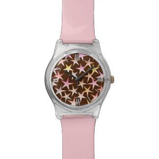 チョコレートでピンクサテンの星 腕時計