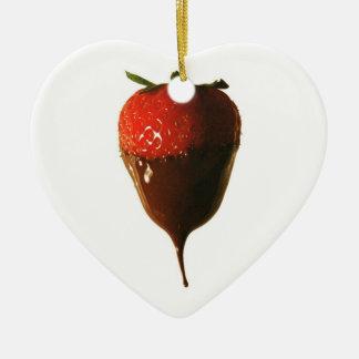 チョコレートはいちごを浸しました セラミックオーナメント