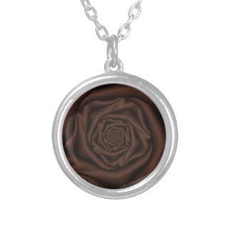 チョコレートばら色のSpiralNecklace シルバープレートネックレス