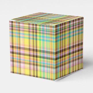 チョコレートパステルの格子縞の2パーティの好意箱、正方形 フェイバーボックス