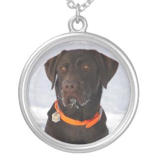 チョコレートラブラドル・レトリーバー犬のネックレス シルバープレートネックレス