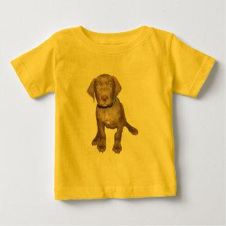 チョコレート子犬のモデル ベビーTシャツ