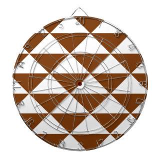 チョコレート色および白い三角形 ダーツボード