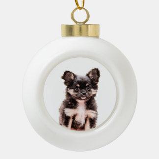 チワワのクリスマスの休日の円形の陶磁器のオーナメント セラミックボールオーナメント