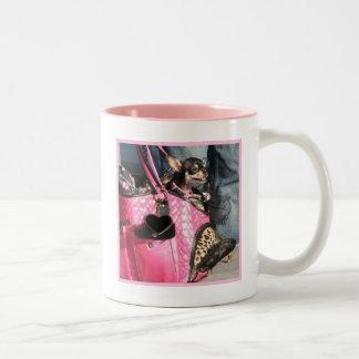 チワワ犬のマグ ツートーンマグカップ