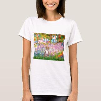 チワワ1 -庭 Tシャツ